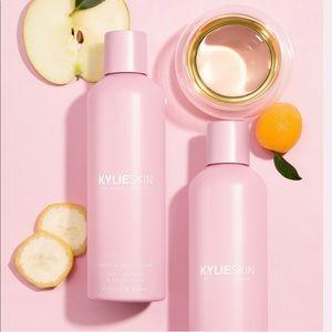 Kylie skin toner